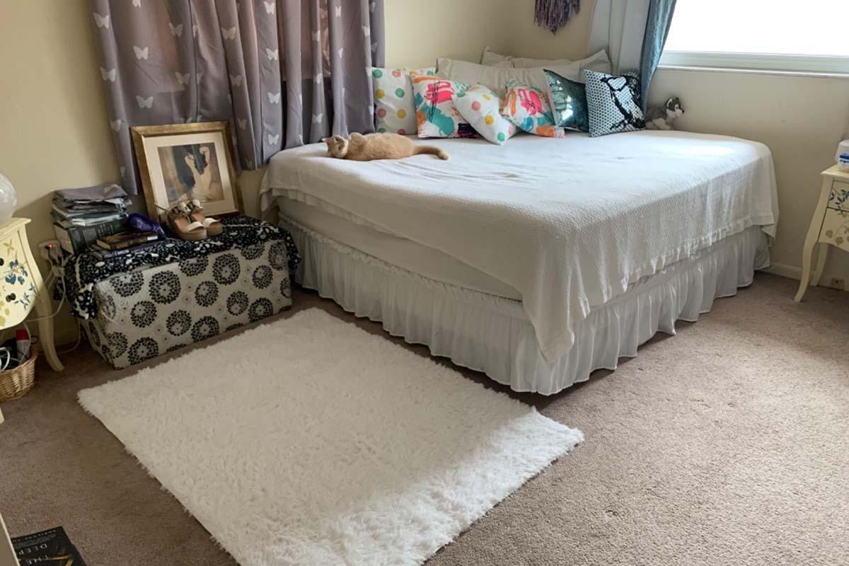 Junovo Ultra Soft Fluffy Carpets for Bedroom1